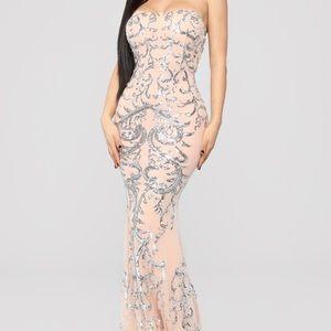 Fashion nova Be my date Dress